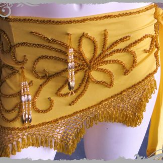 Hüfttuch in gelb mit goldenen und farbigen Perlen, Größe L
