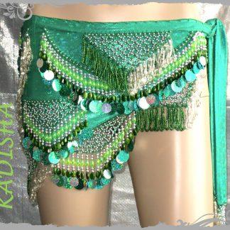 Hüfttuch in grün mit silbernen und farbigen Perlen sowie Plättchen , Größe S